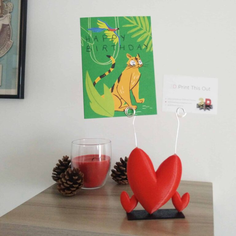 red heart photo-holder to celebrate your love